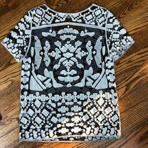 Tops - Embroidered patterned shirt